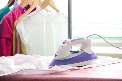 Глажка одежды утюгом