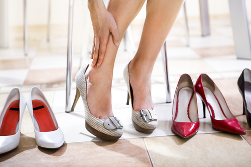 Примерка новых туфлей