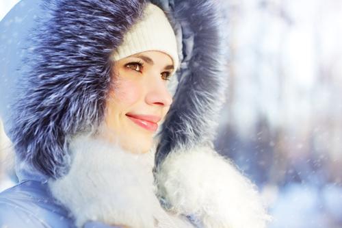 Зимний пуховик с опушкой
