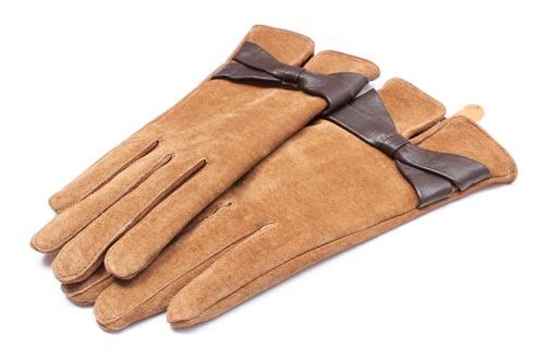 Замшевые перчатки для чистки