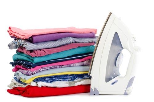 Чистая одежда из разных тканей