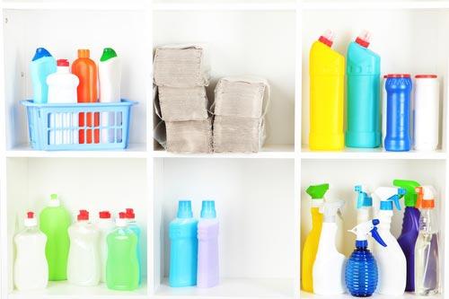 Промышленные средства для чистки различных поверхностей