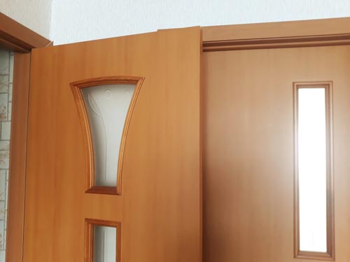 Межкомнатные двери с матовыми стеклами