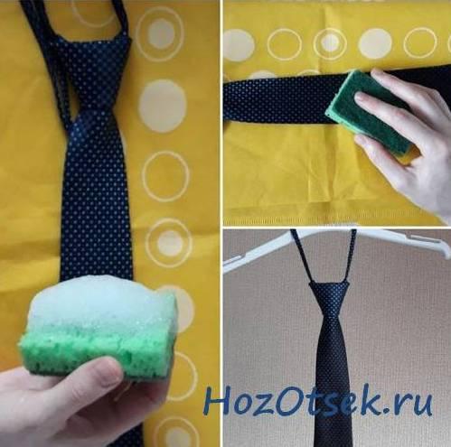 Сухая чистка галстука пеной