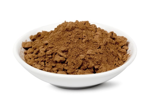 Натуральный какао порошок в миске