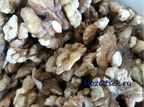 Очищенные грецкие орехи россыпью