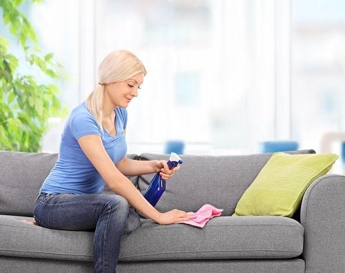 Обработка дивана от запаха